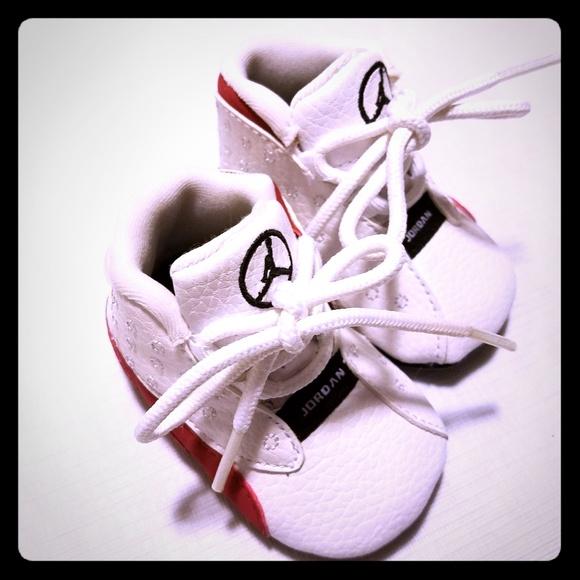 6640f807ddd99f Nike Air Jordan Retro Infant Soft Bottom Shoes. M 5caab63d1153bad5af23cdc9
